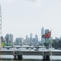 去英國留學,衡量土豪的標準竟是買書?